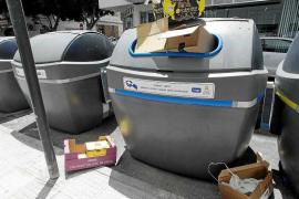 Denuncian a 30 establecimientos de Ibiza por incumplir la ordenanza de residuos