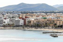 El Consell promoverá el «decrecimiento» de las 109.800 plazas turísticas actuales
