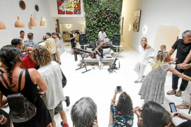 El arte contemporáneo cobra vida en la Art Night de Gatzara Ibiza Suites