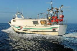 El Consell d'Eivissa pide la prohibición de la pesca de palangre en aguas interiores de las Pitiusas