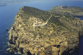 Faro de Tagomago, la consecuencia de un error