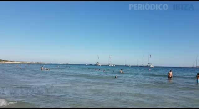 """EPIC denuncia el """"gran ruido"""" que provocan los barcos en ses Salines"""