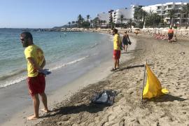 Vila realiza un simulacro de emergencia en la playa de ses Figueretes