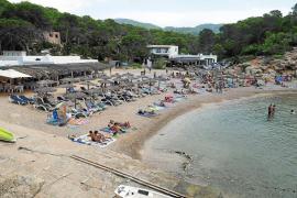 Cuatro concesionarios de playas mantienen el servicio pese a no haber pagado el canon de 2017