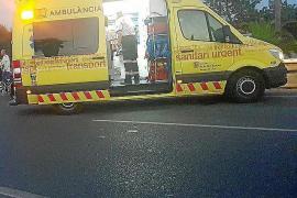 Un joven italiano de 25 años permanece en la UCI tras sufrir un accidente en el acceso a Cala Bassa
