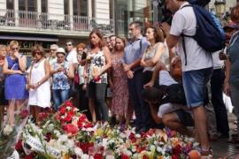 Armengol muestra su apoyo al pueblo catalán en la manifestación de Barcelona
