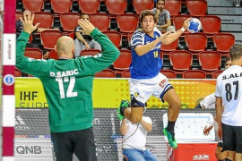 Derrota y tarjeta goleadora en blanco de Sancho ante el Pinheiros