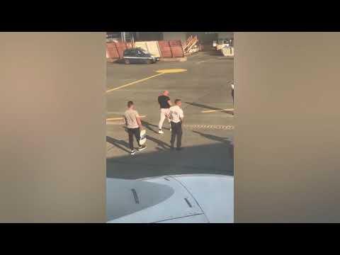 Unos pasajeros ebrios provocan el desvío de un avión que se dirigía a Ibiza