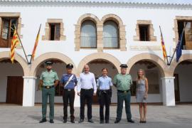 Santa Eulària despide a los policías de Alemania e Italia que han prestado servicio este verano en el municipio