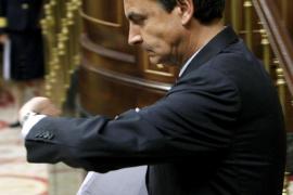 Zapatero recibe el apoyo casi unánime del Congreso para intervenir en Libia