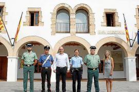 Santa Eulària homenajea a las patrullas mixtas del verano