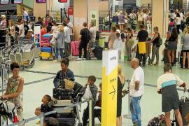 Más de 300.000 pasajeros transitarán por el aeropuerto de Ibiza la semana que viene