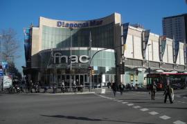 Evacúan un centro comercial de Barcelona por una mochila sospechosa