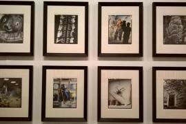 'Tres fotògrafs miren Barceló a la Catedral de Mallorca'