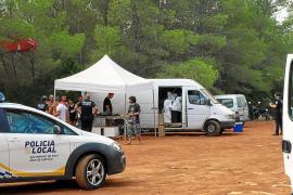 La Policía Local de Sant Joan paraliza una fiesta ilegal en el faro des Moscarter