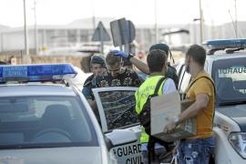 La Guardia Civil detiene a nueve jóvenes en Sant Antoni en un golpe al tráfico de drogas