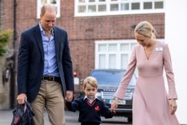 El príncipe Jorge empieza su primer día de colegio