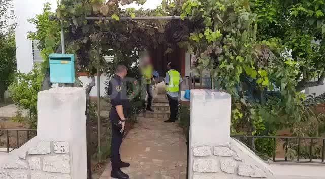 Cinco británicos detenidos y un enorme alijo de drogas intervenidos en Sant Antoni