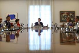 El Gobierno presenta ante el TC recursos contra la ley y convocatoria del referéndum