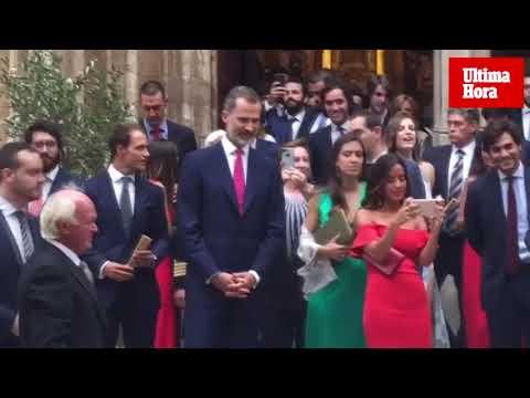 El rey Felipe acude a la boda de su ahijada Martina en Palma