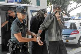 Prisión provisional y sin fianza para los cinco detenidos por traficar con droga en Sant Antoni