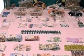 Numerosas drogas y más de 21.000 euros incautados por la Guardia Civil en la 'Operación Bongo'