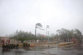 'Irma' recobra fuerza y asciende de nuevo a huracán de categoría cuatro