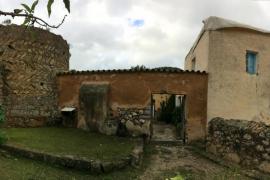 La torre de defensa de Es Coll des Jondal, declarada Bien de Interés Cultural