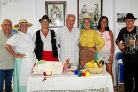 Fiesta en el Hogar Canario