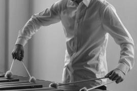 El percusionista Ferran Navarro actúa mañana en la sala Es Polvorí de la Fundació Baleària