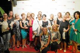 Fiesta por la vida de 22 mujeres que plantan cara al cáncer de mama