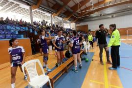 Derrota del Puchi en su debut en la máxima categoría del balonmano femenino