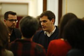 """Rivera, """"decepcionado"""" con el rechazo del PSOE a su propuesta de apoyo al Gobierno ante el 1-O"""