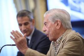 """Vargas Llosa: """"Creo que el referéndum no va a tener lugar, es un disparate absurdo y un anacronismo"""""""