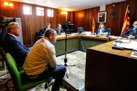 Matthias Khün se acoge a su derecho a no declarar sobre obras realizadas sin licencia en Tagomago