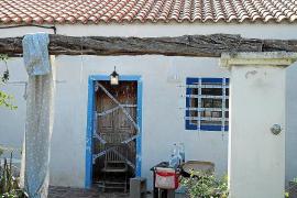 La Policía Nacional detiene a cuatro hombres en una redada por drogas en Vila