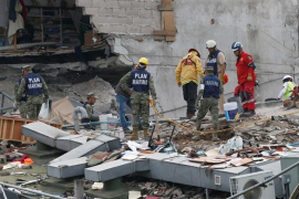 Aumentan a 273 los fallecidos por el terremoto del martes en México
