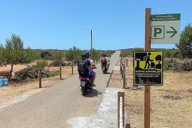 Medio millar de personas al día han visitado el faro de Barbaria este verano
