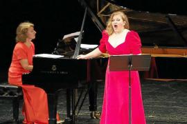 Homenaje a la música y a la solidaridad en el Palacio de Congresos de Ibiza