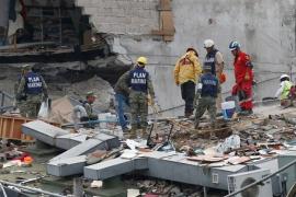 El Gobierno mexicano eleva a 293 los fallecidos por el terremoto del martes
