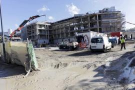 La construcción se retrae un 14% en Ibiza y el sector avisa sobre el fin de las reformas hoteleras