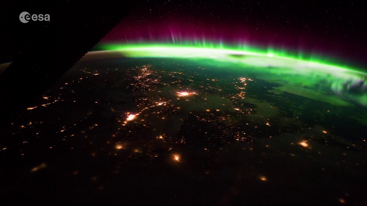 La impresionante evolución de una aurora boreal captada por un astronauta