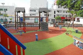 Sant Antoni renueva el parque de plaza España