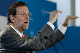 Rajoy asegura que «lo más sensato» es convocar elecciones cuanto antes