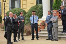 Interior reclama a Puigdemont que renuncie al referéndum para garantizar el cumplimiento de la ley