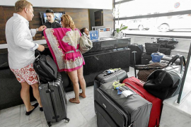 La subida salarial del 17% rompe la unión entre grandes cadenas y pequeños hoteleros