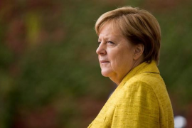 """Merkel ve en """"el miedo a la pérdida"""" una causa del auge de AfD"""