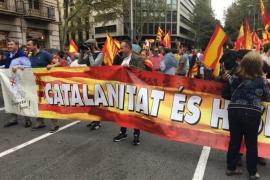 Unas 5.500 personas se manifiestan en Barcelona a favor de la unidad de España