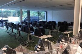 La Guardia Civil clausura el 'call center' y la sala para gestionar los datos del referéndum