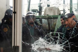 Los Mossos han cerrado 244 colegios, y Policía y Guardia Civil 92